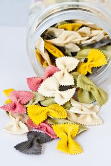 Free Colorful Bow Tie Pasta Stock Photography - 29195712