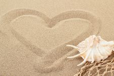 Free Handwritten Heart On Sand With Seashell And Shallow Focus Stock Photography - 29199632