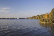Free Lake In Autumn Royalty Free Stock Photo - 2920525