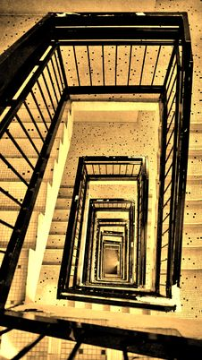 Free Stairs Down Royalty Free Stock Image - 2922966
