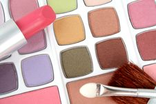 Free Eyeshadows And Lipstick Stock Photography - 2923562