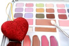 Free Eyeshadows And Heart Stock Images - 2923634