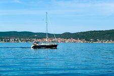 Free Sailing Boat On Sea Stock Photography - 2926352