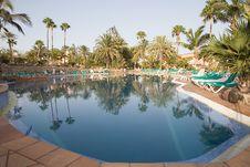 Free Swimming Pool Stock Photo - 2927860