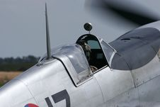Free Spitfire S Opened Cockpit Royalty Free Stock Image - 2928396
