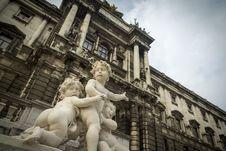 Free Cherub Statues Vienna Stock Photography - 29218292