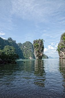 Free James Bond Island Royalty Free Stock Photography - 29218567
