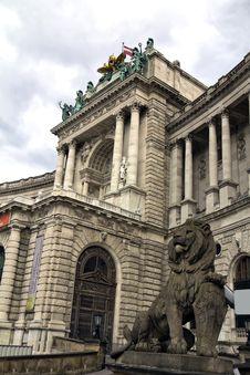 Free Hofburg Royalty Free Stock Photo - 29241155