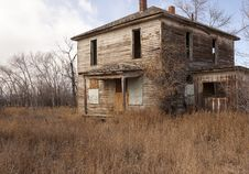 Free Weathered And Worn House Royalty Free Stock Photography - 29252407