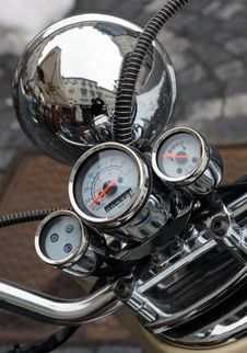 Free Old Motorbike Detail Royalty Free Stock Photos - 29270078