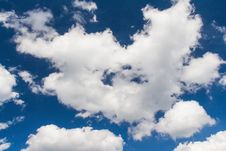 Free White Cloud Royalty Free Stock Photo - 29291175