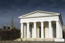 Free Temple Of Theseus Stock Photo - 29292360