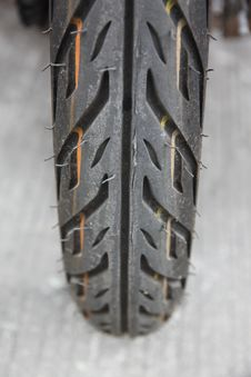 Free Small Motorcycle Tire Royalty Free Stock Photos - 29295618