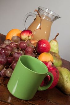 Free Fruit Juice Royalty Free Stock Photos - 29296398