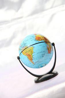 Free World Globe On White Background Royalty Free Stock Photo - 29299095