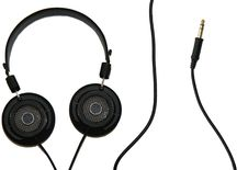 Free Headphones And Cable Royalty Free Stock Photography - 2933297