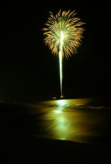 Free Fireworks Royalty Free Stock Images - 2935609