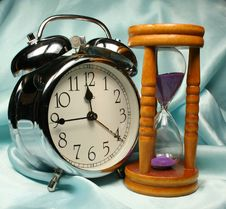 Free Alarm-clock And Sandglass On B Royalty Free Stock Photo - 2938435