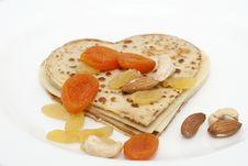 Free Heart-shaped Pancake On White Royalty Free Stock Photos - 29304548