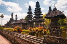 Free Pura Taman Ayun - Hindu Temple Royalty Free Stock Image - 29331106