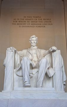 Free Abraham Lincoln Sculpture Royalty Free Stock Images - 29348179