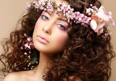 Free Maiden. Beautiful Neat Woman With Pink Romantic Wr Royalty Free Stock Image - 29357996