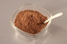 Free Ingredient Of Cinnamon Powder Stock Photography - 29358272