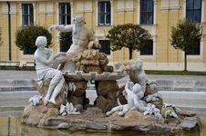 Free Fountain Sculpture: Schonbrunn Wien Vienna, Austria Stock Photography - 29364182