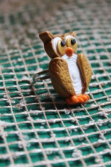 Free Golden Owl Ring From Polymer Clay Royalty Free Stock Photography - 29366747