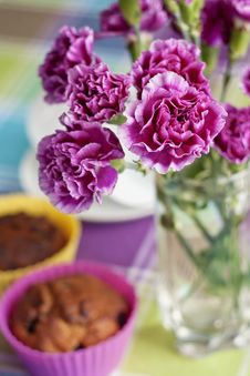Free Purple Carnations And Maffins On The Table Stock Image - 29368791