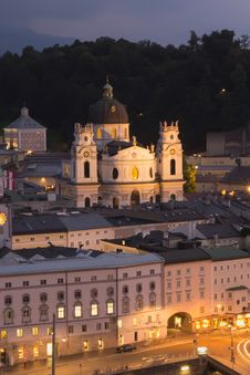 Free Church Kollegienkirche In Salzburg At Night Stock Photo - 29370850