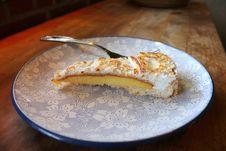 Free Homemade Lemon Pie On Wood Table Stock Photos - 29371503