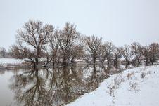 Free Winter Landscape River Zagyva Royalty Free Stock Image - 29372006