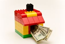 Free House And Money Royalty Free Stock Photography - 29379427