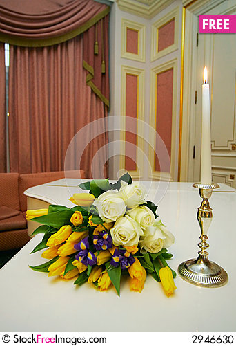 Free Bouquet With Roses Stock Photo - 2946630