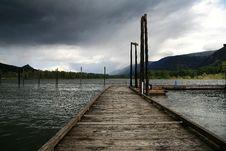 Free Columbia River Moorage Stock Image - 2940041