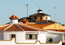 Free Spanish Villa Royalty Free Stock Image - 2941446