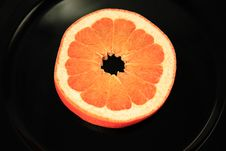 Free Grapefruit Slice Royalty Free Stock Photography - 2941577