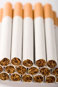 Free Cigarettes Close Up Royalty Free Stock Images - 2941789