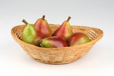 Free Pears On A Basket Royalty Free Stock Photography - 2945147