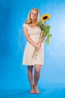 Free The Girl With A Sunflower Stock Images - 2946394