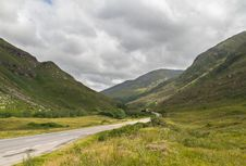 Free Scottish Road In Highland Mountains Royalty Free Stock Photos - 29406118