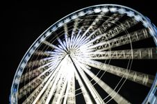 Free Speed Of Ferris Wheel Royalty Free Stock Images - 29416409