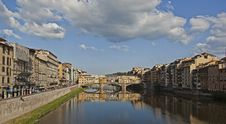 Free Arno River In Florence Royalty Free Stock Photos - 29441608