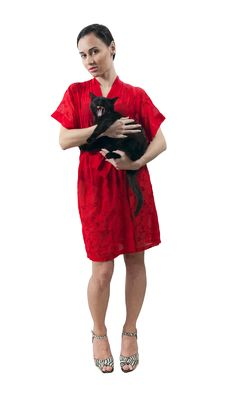 Free Girl In Red Dressing Gown With Kitten Stock Photography - 29448732
