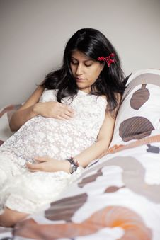 Free Pregnant Woman Stock Images - 29461454