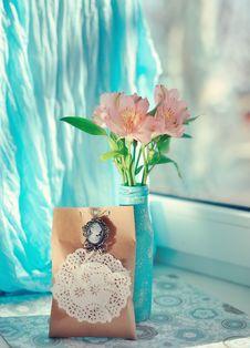 Free Decorative Flowers Royalty Free Stock Image - 29484236
