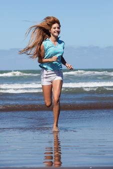 Free Running Girl Royalty Free Stock Photography - 29494047