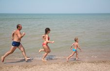Free Run As To Beach Royalty Free Stock Image - 2951956