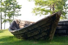 Free Old Wooden Fishing Boat Royalty Free Stock Photo - 2953275